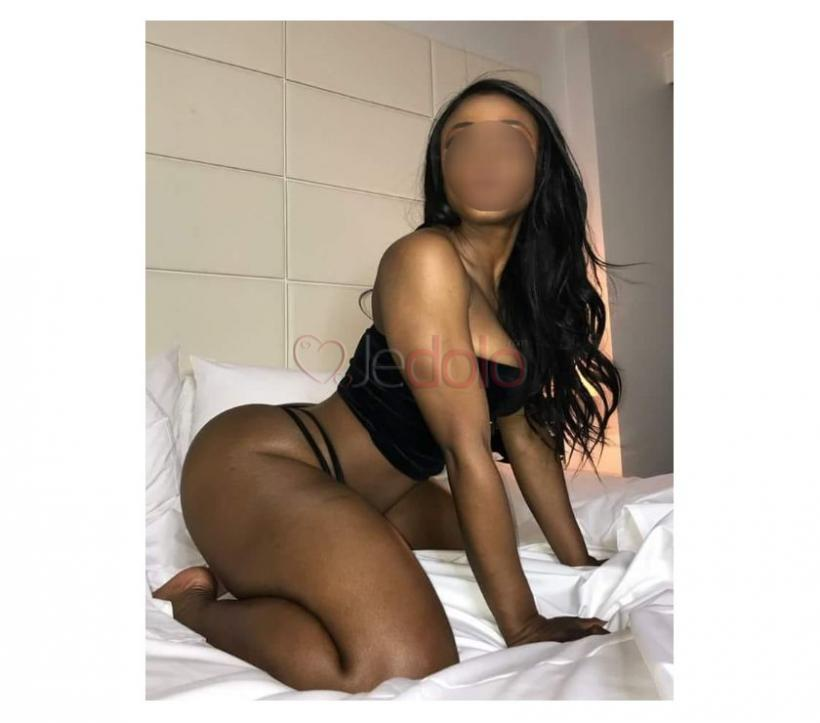 Trio sexe massage grosse bite lente pipe